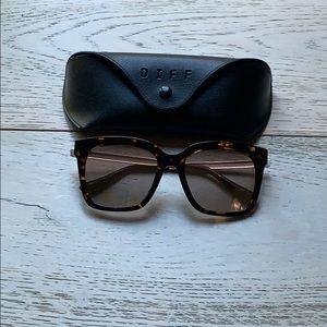 DIFF Bella Sunglasses Tortoise with Yellow lenses